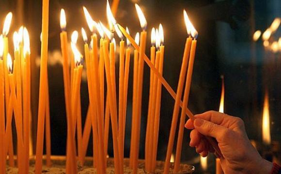 много свечек