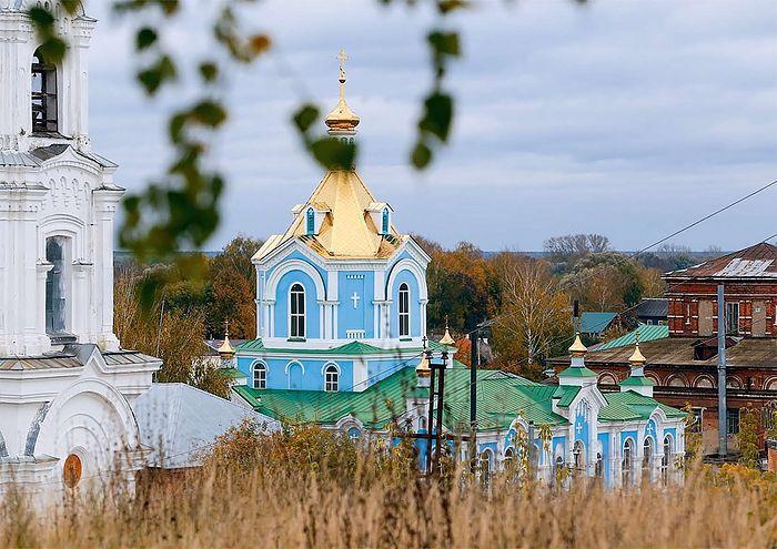 Женский Печорский Богородицкий монастырь