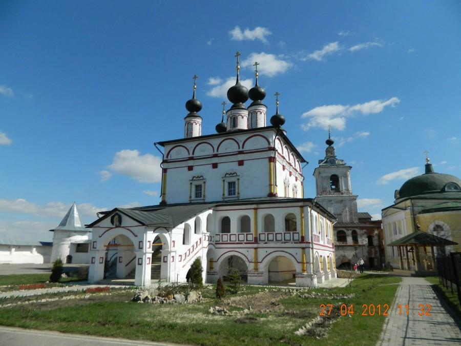 Свято-Троицкий храм в Белопесецком