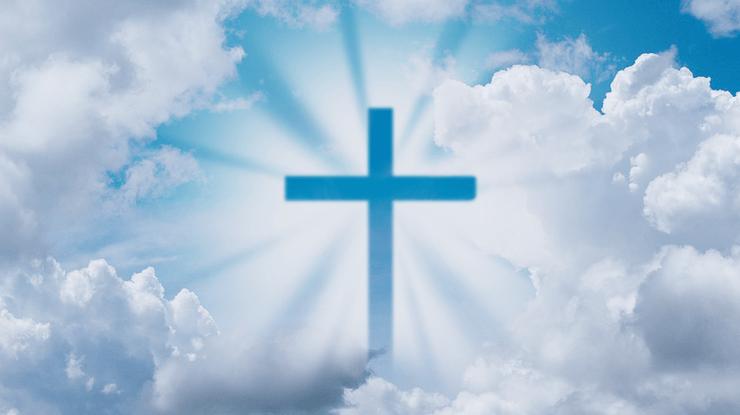 крест в небе