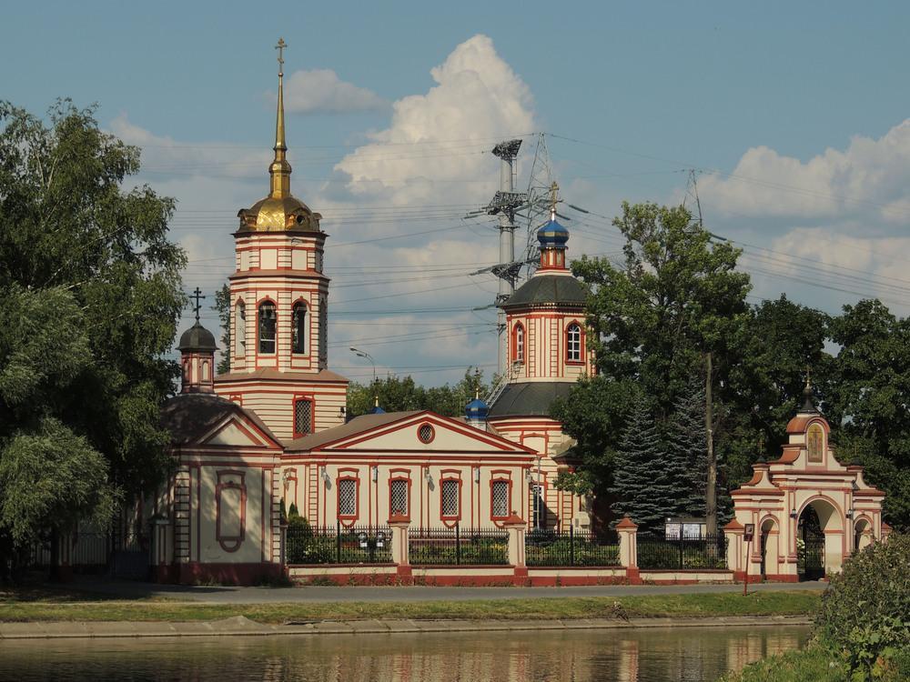 Храмы красивые