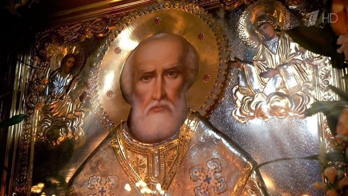 Николай Чудотворец икона в храме