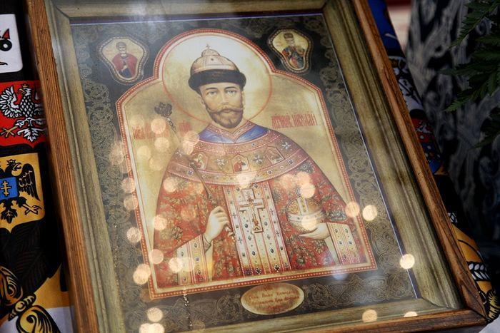 икона царю николаю в храме